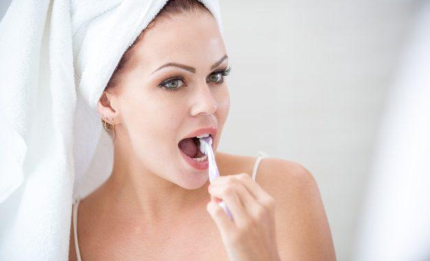 Best-Free-Teeth-Cleaning-2.jpg